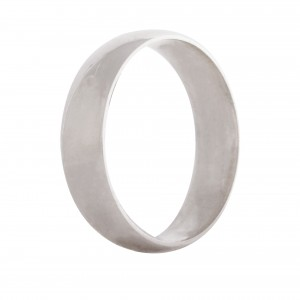 Court wedding band 5mm 9ct white gold